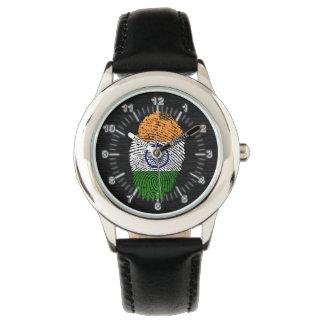 Indische Touchfingerabdruckflagge Uhr