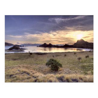 Indonesien, Komodo Nationalpark. Sonnenuntergang Postkarte