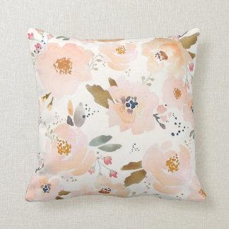 Indy Blüten-pfirsichfarbenes Baby-Blumenkissen Kissen