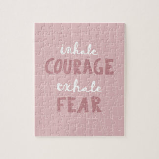 Inhalieren Sie Mut ausatmen Furcht Puzzle