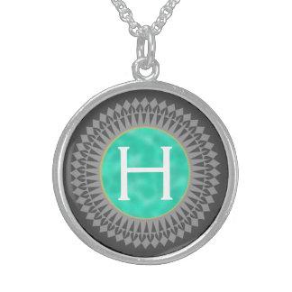 Initiale auf aquamarinem mit silbernes sterling silberkette