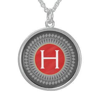 Initiale auf Rot mit silbernes Grau-Halskette Sterlingsilber Halsketten
