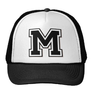 """Initiale des Monogramm-""""M"""" Mütze"""