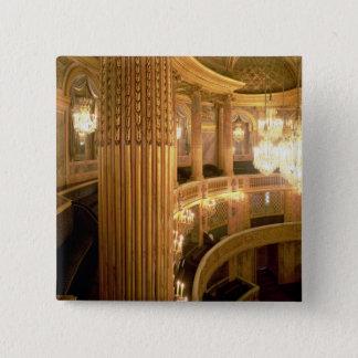 Innenansicht des Opernhauses, das in Richtung t Quadratischer Button 5,1 Cm