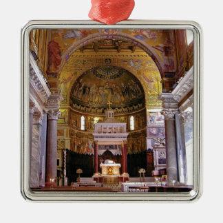 Innerhalb der Kirche ja Silbernes Ornament