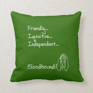 Inquisitive Bloodhound Kissen