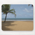 Insel-Paradies-Strand-Szene mit Palmen Mauspads