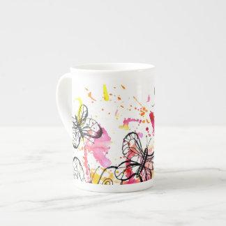 Inspirieren der Schmetterlinge Porzellantasse