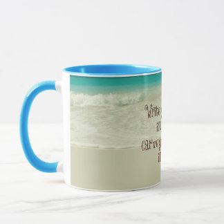 Inspirierend schnitzen Sie Ihren Segen im Tasse