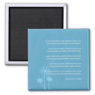 Inspirierend Zitat-Gewohnheiten der Zitat-| Gandhi Quadratischer Magnet