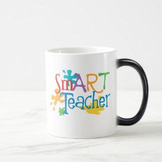 intelligenter Lehrer für den Kunstlehrer Verwandlungstasse