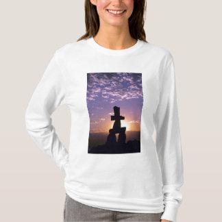 Inukshuk Nordwest-Territorien, Kanada T-Shirt