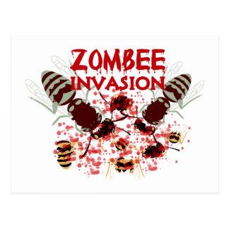 Invasion des Zombees Postkarte