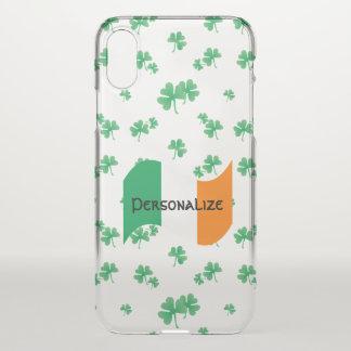 Irische Flagge mit Kleeblatt-Muster iPhone X Hülle