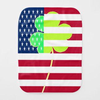 Irischer amerikanische Flaggen-Kleeblatt-Klee St Baby Spucktuch