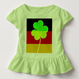 Irischer deutscher Flaggen-Kleeblatt-Klee-St- Kleinkind T-shirt