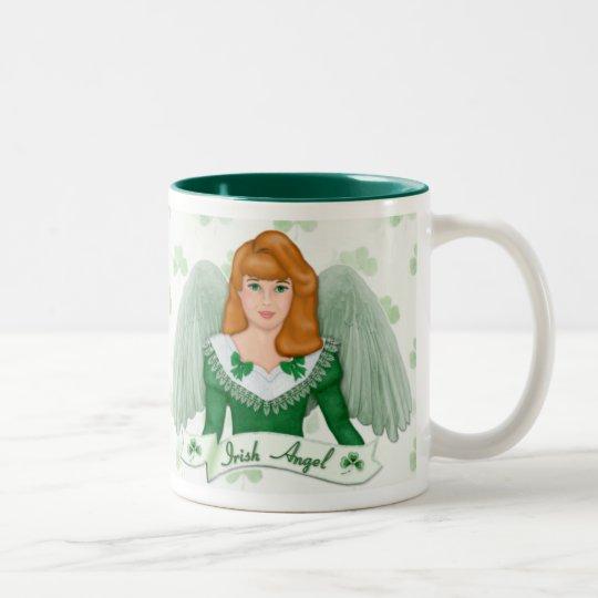 Irischer Engel und Fahne Zweifarbige Tasse