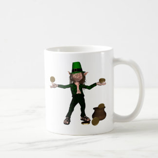 Irischer Kobold mit Münzen und einem Goldschatz Kaffeetasse