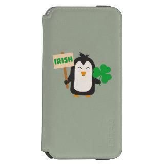 Irischer Penguin mit Kleeblatt Zjib4 Incipio Watson™ iPhone 6 Geldbörsen Hülle