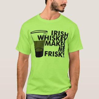 Irischer Whisky macht mich Frisky T-Shirt