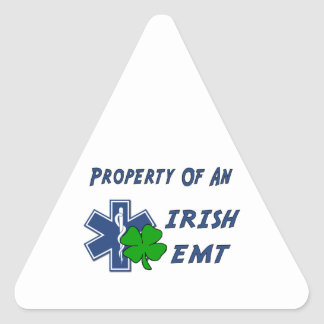 Irisches EMT Eigentum Dreieckiger Aufkleber