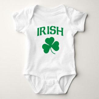 Irisches Kleeblattt-shirt Baby Strampler