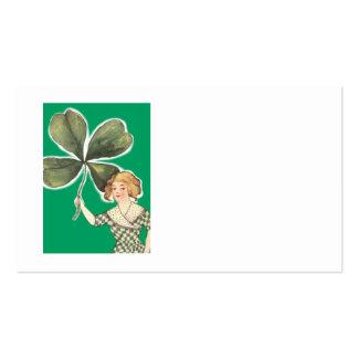 Irisches Mädchen vierblättriges Kleeblatt Retro Visitenkarten