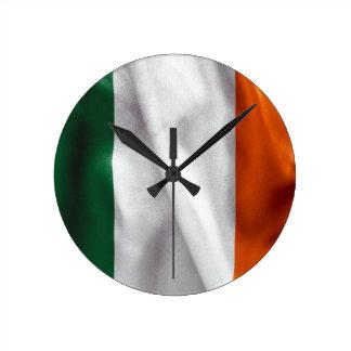Irland-Flagge Runde Wanduhr