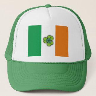 Irland-Flagge und kleine Klee-Grün-Hüte Truckerkappe