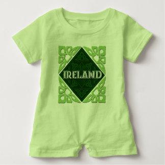Irland - keltische Knoten Baby Strampler