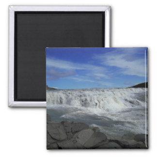 Island-Wasserfall Quadratischer Magnet