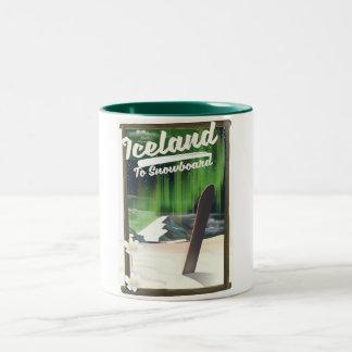 Island zum Snowboard Zweifarbige Tasse