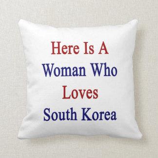 Ist hier eine Frau, die Lieben Südkorea Zierkissen