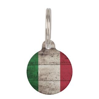 Italien-Flagge auf altem hölzernem Korn Haustiermarke