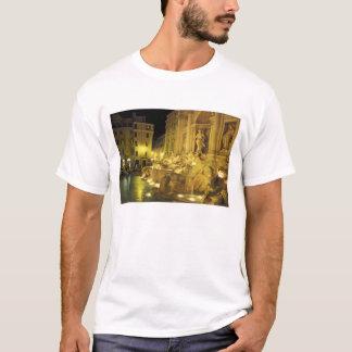 Italien, Rom. Trevi-Brunnen nachts T-Shirt