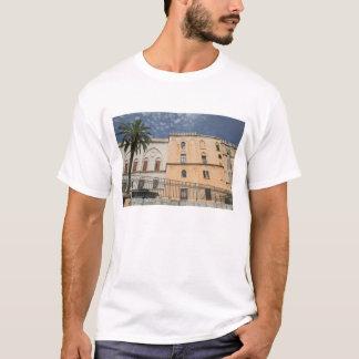 Italien, Sizilien, Palermo, Palazzo dei Normanni T-Shirt
