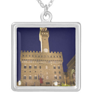 Italien, Toskana, Florenz. Nachtzeitspeisen Versilberte Kette