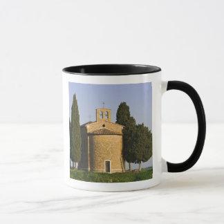 Italien, Toskana. Nahaufnahme der Kapelle von Tasse