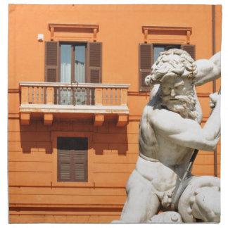 Italienische Architektur im Marktplatz Navona, Serviette