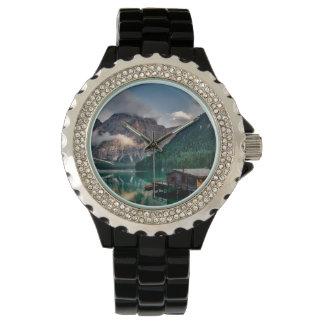 Italienisches Mountainssee-LandschaftsFoto Uhr