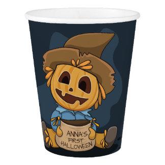 Jack Halloweens niedliche O Laterne. Addieren Sie Pappbecher