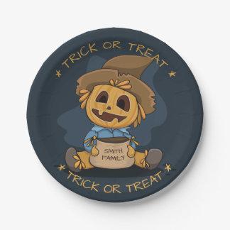 Jack Halloweens niedliche O Laterne. Addieren Sie Pappteller