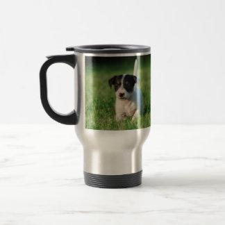 Jack-Russell-Terrierwelpe Reisebecher