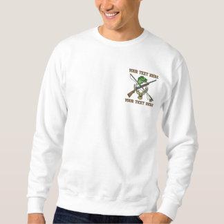 Jagd und Fischen - addieren Sie Ihren Text - der Besticktes Sweatshirt