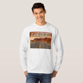 Jagen Sie die Straße/Wanderlust die inspirierte T-Shirt