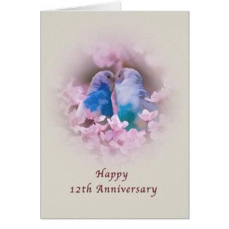 Jahrestag, 12., liebevolle Parakeets, rosa Blumen Grußkarte