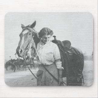Jane Bernoudi und ihr Pferd Mousepad