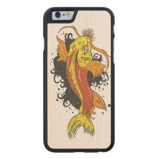 Japaner Koi Illustration Carved® iPhone 6 Hülle Ahorn