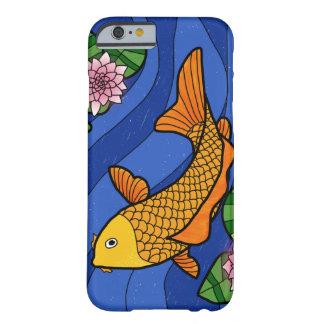 Japanische Art Koi im Wasser mit Lilien Barely There iPhone 6 Hülle