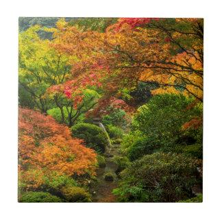 Japanische Gärten im Herbst in Portland, Oregon 2 Keramikfliese